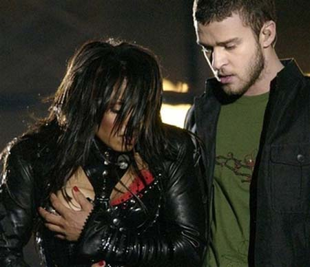 Janet and Justin Superbowl