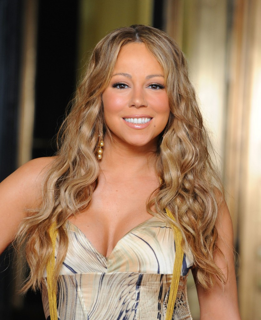 Mariah carey performs 39 without you 39 in egypt that grape - Mariah carey diva ...
