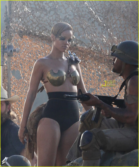 rihanna hard 2 Hot Shots: Rihanna On The Set of Hard Video