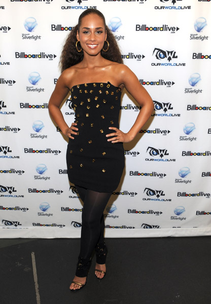 akeys billboard 1 Hot Shots: Alicia Keys At The Apollo