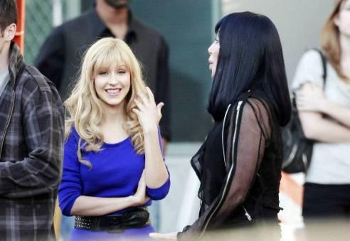 christinacher Hot Shots: Christina Aguilera & Cher On Set Of New Movie