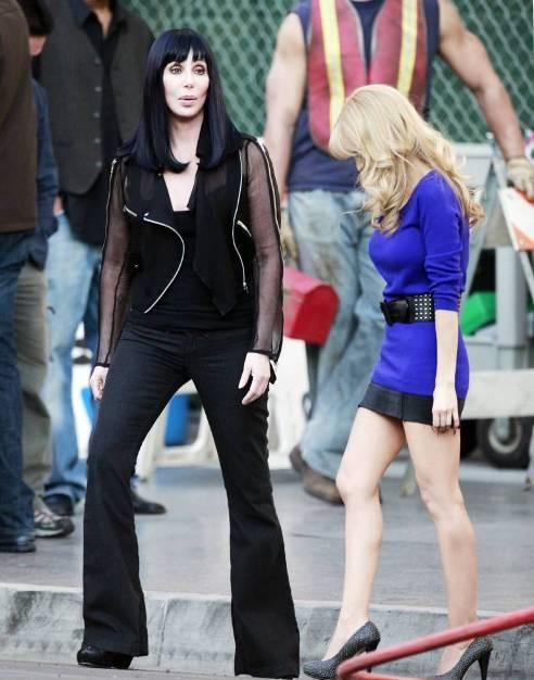 christinacher4 Hot Shots: Christina Aguilera & Cher On Set Of New Movie