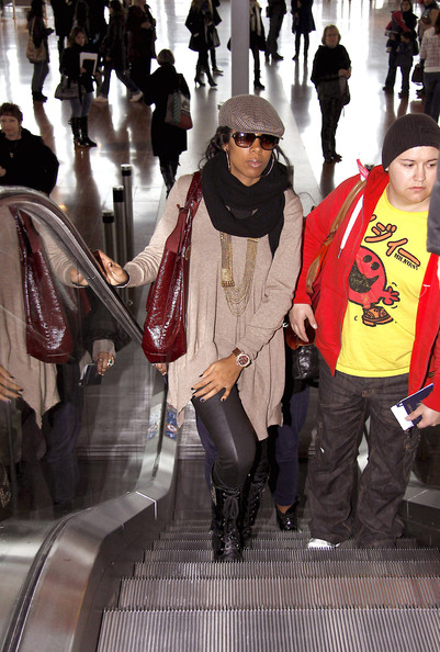 kelly kel Hot Shots: Kelly Rowland At Nice Airport