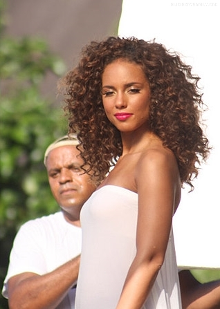 alicia 3 Hot Shots: Alicia Keys On Set Of Put It In A Love Song Video