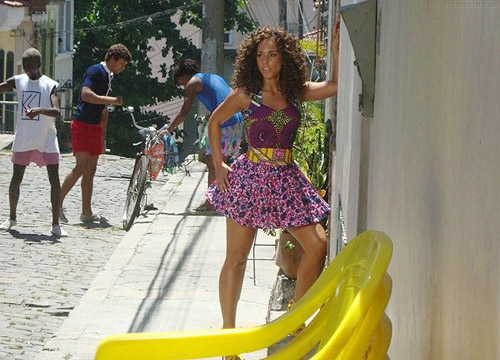 alicia k2 Hot Shots: Alicia Keys On Set Of Put It In A Love Song Video