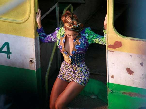 beyonce alicia 4 Hot Shots: Beyonce On The Set Of Put It In A Love Song Video