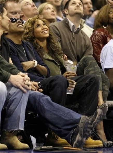 jb6 Hot Shots: Beyonce & Jay Z At Lakers Game