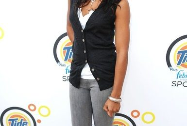 Hot Shots: Kelly Rowland At Tide Launch
