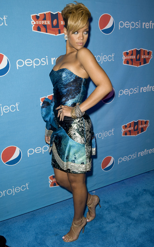 rihanna pepsi Hot Shots: Rihanna Hosts Pepsi Party