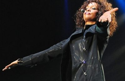 Hot Shots: Whitney Houston Performs In Japan
