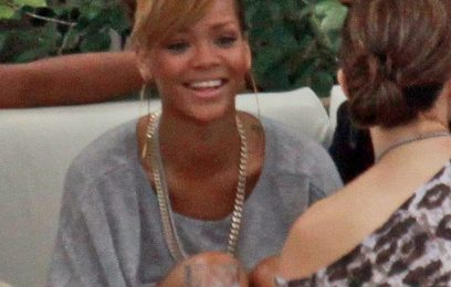 Hot Shots: Rihanna And Jennifer Lopez Have Lunch In Miami