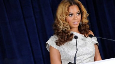Hot Shots: Beyonce Opens Cosmetology Center