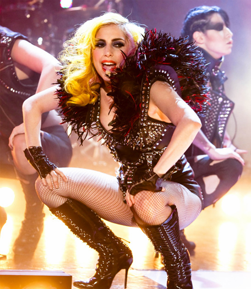 gaga ross 1 Hot Shots: Lady GaGa On Jonathan Ross Show (A Must See)