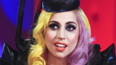 Hot Shots: Lady GaGa On Jonathan Ross Show (A Must See)