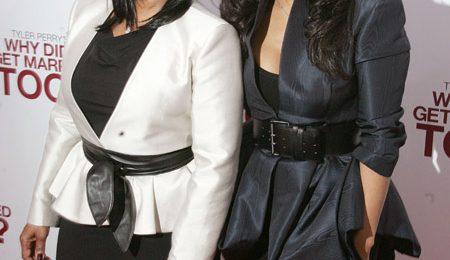 Hot Shots: Janet Brings Big Sister Rebbie To 'Married' Premiere