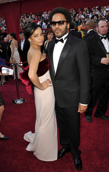 lenny zoe oscar Hot Shots: Oscar Awards 2010 Red Carpet