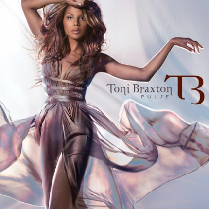 toni pulse1 e1272459786670 Toni Braxtons New Album Has No Pulse
