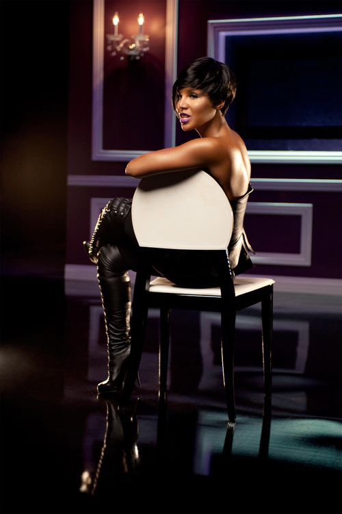 toni3 New Song: Toni Braxton – 'Caught (Don't Take Your Hat Off) (Ft. Mo'Nique)'