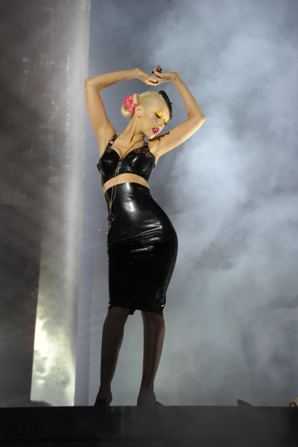 christina 45 Hot Shot: Christina Aguilera On Set Of Not Myself Tonight Video