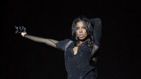Hot Shots: Kelly Rowland Sizzles At Supafest