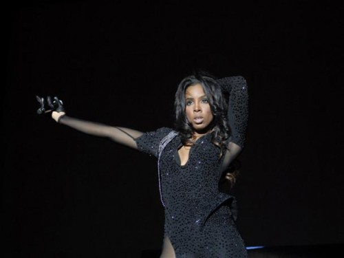 kelly supafest e1271342506126 Hot Shots: Kelly Rowland Sizzles At Supafest