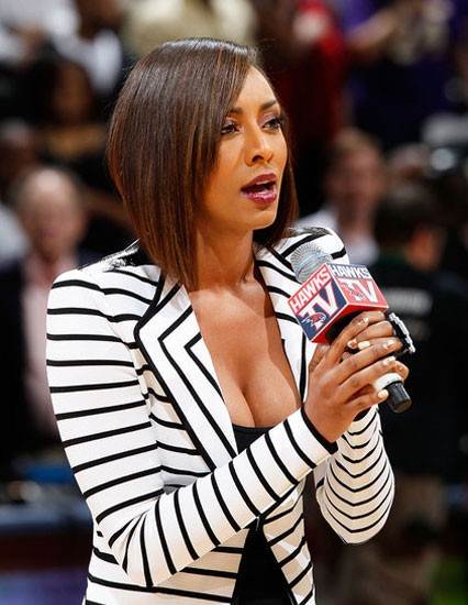 keri hilson2 e1270110099758 Keri Hilson Forgets Words While Performing US National Anthem