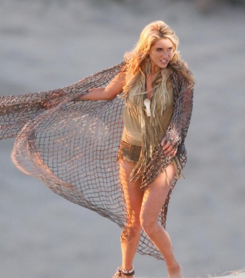 kesha hot photos. kesha 1. Return To: Hot Shots: