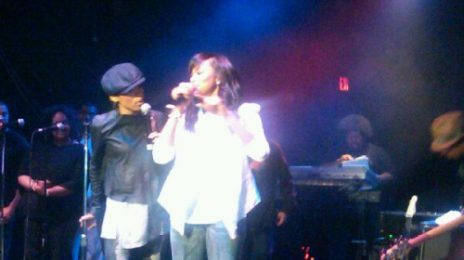 Hot Shot: LeToya & Michelle Williams Take To Stage - Together