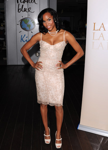 toya 21 Hot Shots: LeToya At La Perla Party