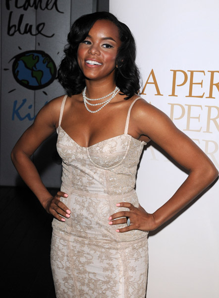 toya 32 Hot Shots: LeToya At La Perla Party