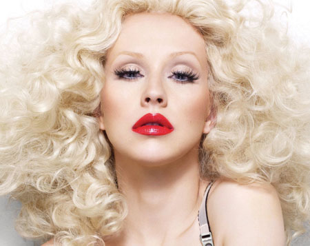 xtina12 Christina Aguilera Performs 2 New Songs From Bionic