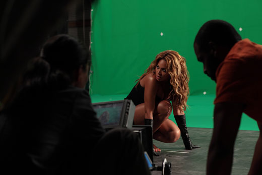 bey Hot Shots: Beyonce Shoots New Commercial