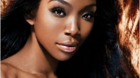 Brandy Performs At R&B Live