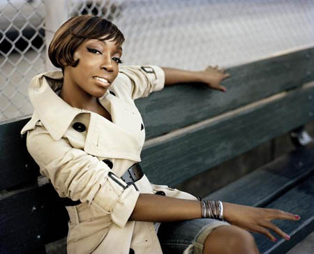 estelle2 New Song: Estelle   Fall In Love