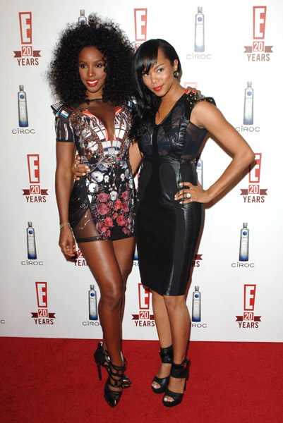 kelly let Hot Shots: Kelly Rowland & LeToya Renuite!