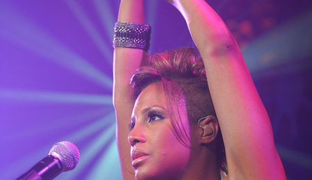 Hot Shots: Toni Braxton Dazzles On Stage