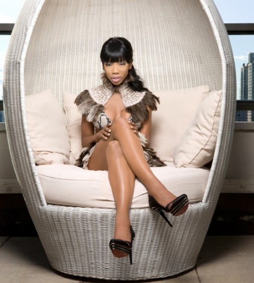 brandy2 e1284680183743 New Song: Brandy   How High (Snippet)