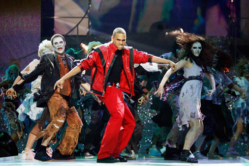 chris brown thriller Chris Brown To Honor Michael Jackson At The BET Awards