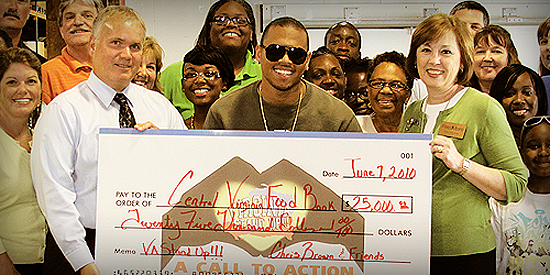 chrischarity Hot Shot: Chris Brown Donates $25k To The Central Virginia Food Bank