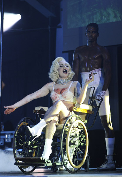 Hot Shots: Lady GaGa Performs At Elton John's White Tie ...