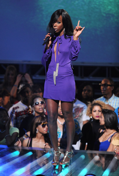 kelly vh123 Hot Shots: Kelly Rowland At VH1 Hip Hop Honors