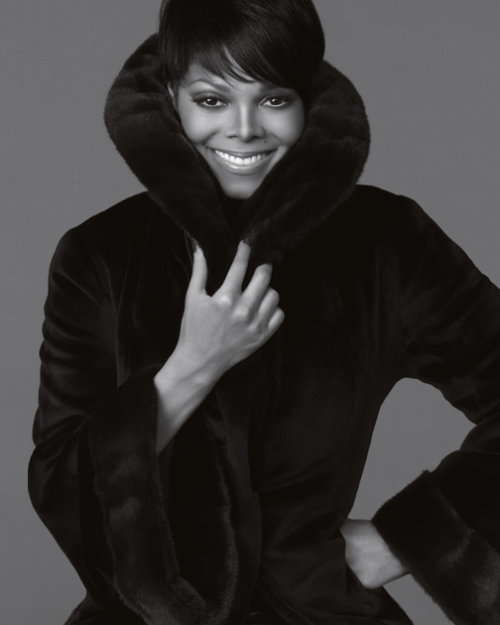 janet j e1279267579551 Hot Shot: Janet Unveiled As Face of Blackglama