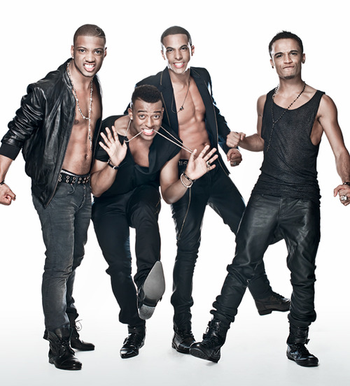 jls pic23 Video: JLS Perform The Club Is Alive On GMTV