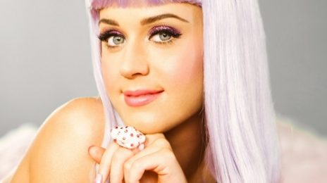 Katy Perry Denies Rihanna The Top Spot