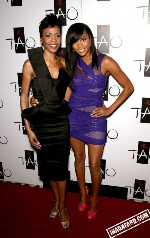 michelle williams letoya 11 e1280000873757 Hot Shots: Michelle Williams & LeToya Luckett Party In Las Vegas