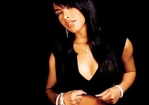 aaliyah11 1024 e1282773787870 BET To Honor Aaliyah With Tribute Special