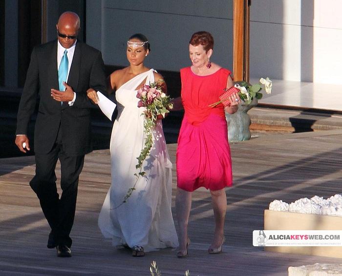 alicia 4o Hot Shots: Alicia Keys & Swizz Beats Wedding