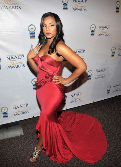 ashred Hot Shot: Ashanti At The NAACP Theatre Awards