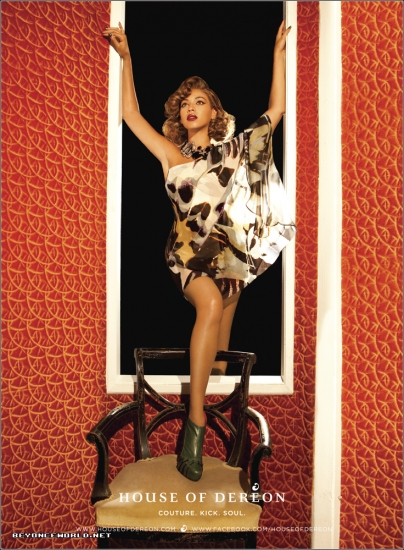 beyonce 4563 Hot Shots: Beyonce Strikes A Pose For Dereon
