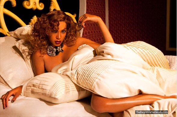 beyonce house of dereon bedding shoot Hot Shots: More Of Beyonces Dereon Campaign